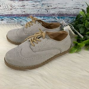 NWT Old Navy Gray Silver Oxford Dress Shoes Sz 10
